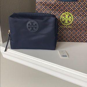 NWT Authentic Tory Burch Navy Nylon Makeup Bag